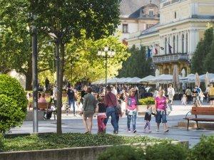 Nyíregyháza Belvárosi séta Kossuth Tér 01